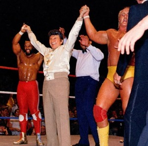 wrestlemania_01_-_hogan_et_mr_t_vs_