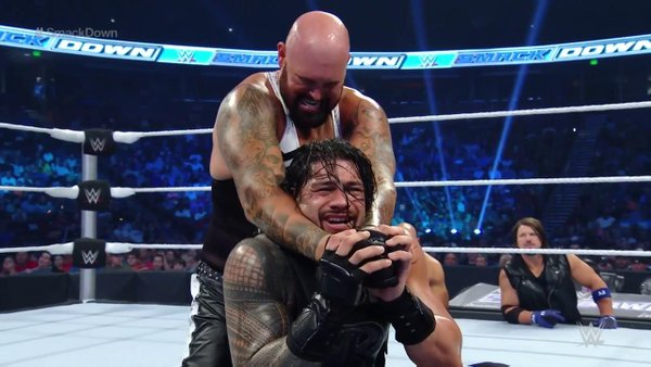 5 Best WWE SmackDown Moments 5/19/16: The Bloodline vs. The Club