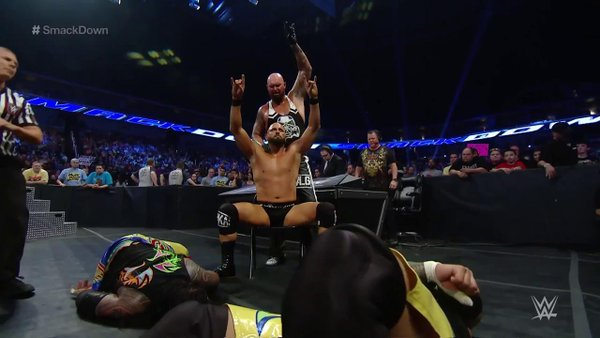 5 Best WWE SmackDown Moments 5/12/16: Welcome To The Club